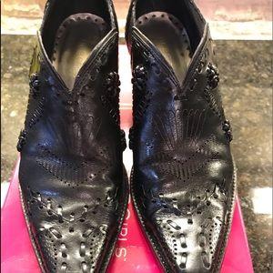 BCBGirls black western style booties size 8